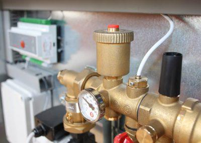 valve-3827340_1920